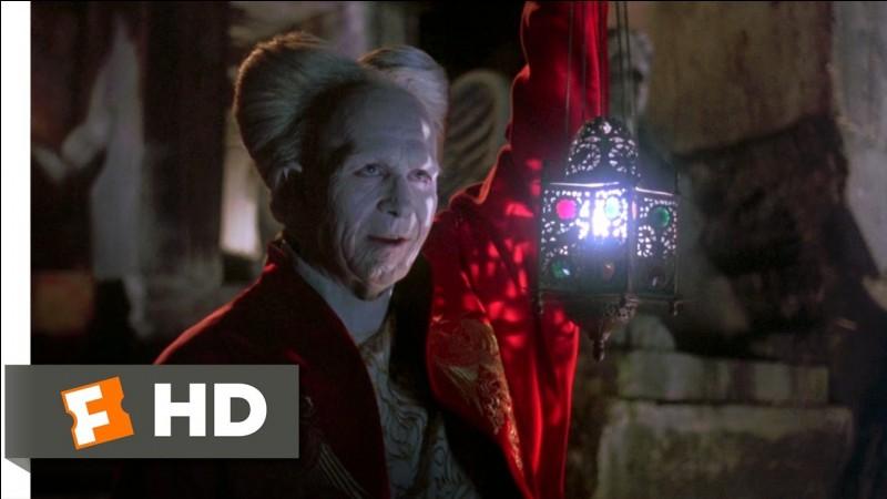 Quel acteur n'a jamais interprété Dracula au cinéma ?