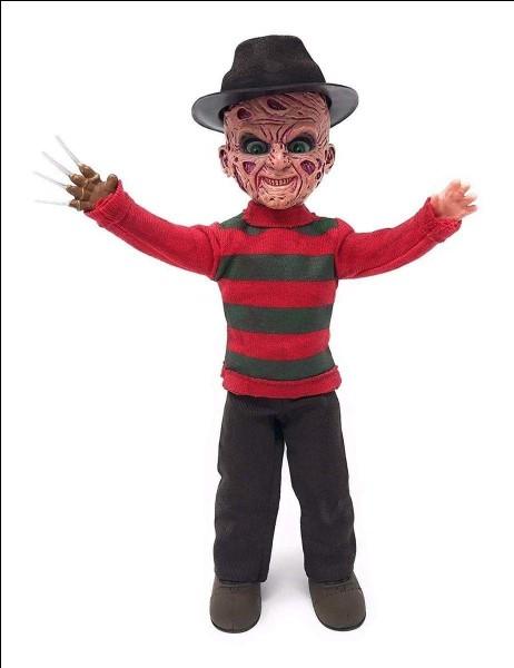 """Quel est le nom de famille de Freddy dans le long-métrage """"Freddy - Les griffes de la nuit"""" ?"""