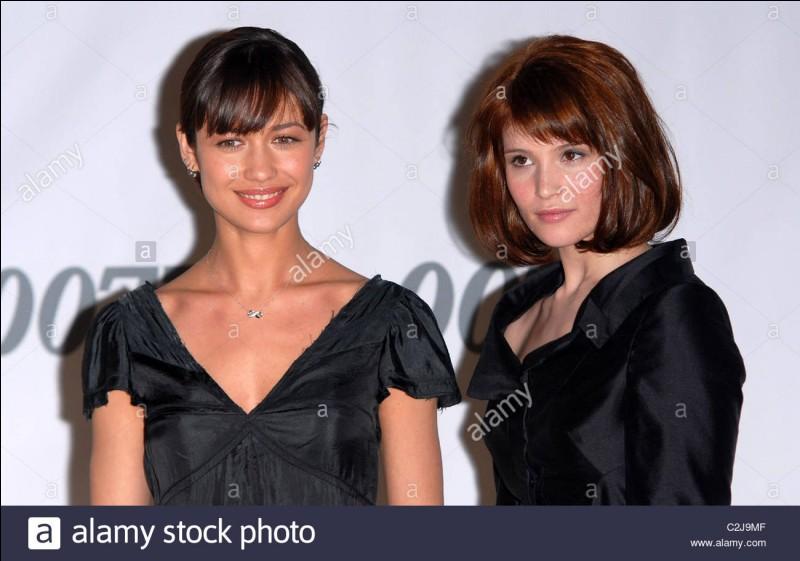 Dans quel film, Olga Kurylenko et Gemma Arterton sont-elles des James Bond girls ?