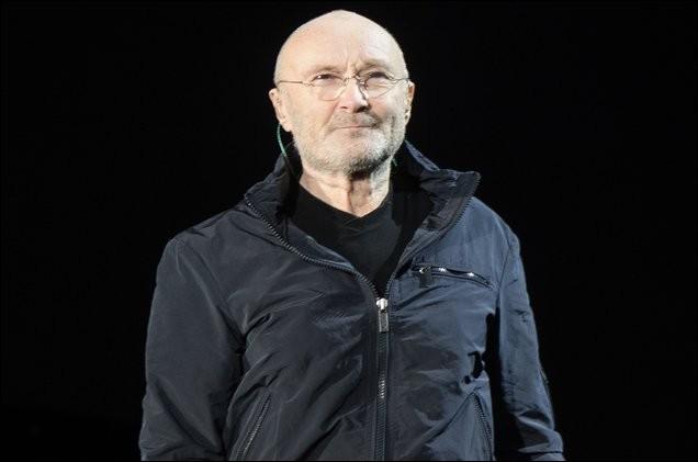 """""""Another Day in Paradise"""" est une chanson interprétée par Phil Collins."""