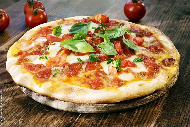 Qui donna son nom à la fameuse pizza Margherita, originaire de Naples ?