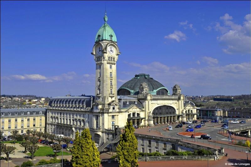 Gares françaises possédant une tour