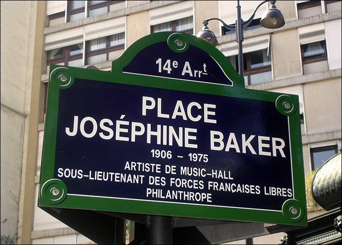 Quel est le pourcentage des rues (ou places) de Paris portant le nom d'une femme ?