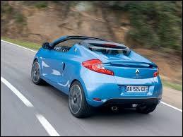 Une Renault dans le vent, pour les jeunes sans doute ! Quel est ce modèle ?