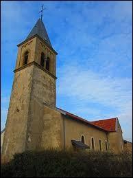 Vous avez sur cette image l'église Saint-Maurice de Liéhon. Commune Mosellane, elle se situe en région ...