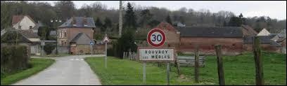 Petit village Isarien de 55 habitants, Rouvroy-les-Merles se situe dans l'ancienne région ...