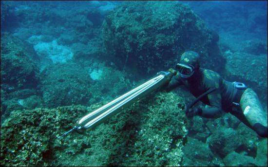 Quel pays a les plus grands plongeurs de chasse-marine ?