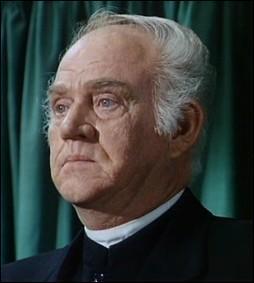 Qui joue le rôle du révérend Robert Alden  ?
