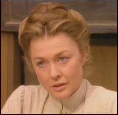 Qui joue le rôle de Alice Garvey ?