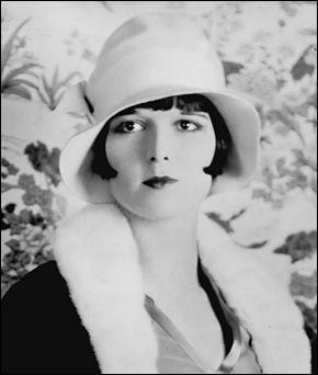 Qui est cette Louise, actrice américaine célèbre pour ses rôles dans les films muets ?
