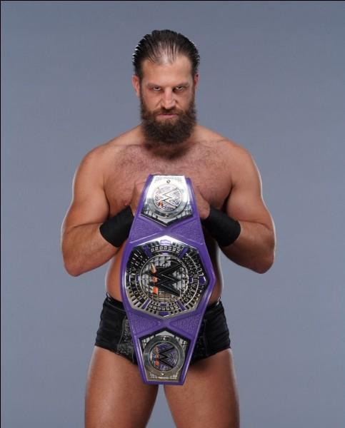 Contre qui Drew Gulak a-t-il défendu son titre Cruiserweight avec succès ?