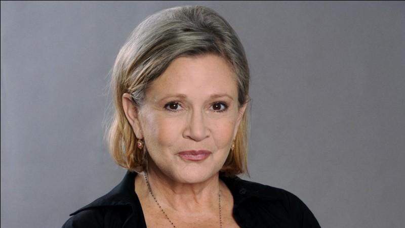 Carrie Fisher est-elle toujours vivante ?