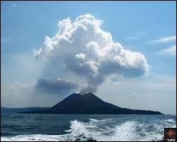 Le Krakatoa se trouve...