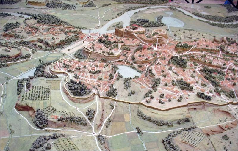 Quelle ville est construite sur 7 collines ?