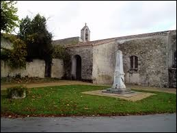 Cette promenade du 15 Août commence en Nouvelle-Aquitaine, à Availles-sur-Chizé. Nous sommes dans le département ...