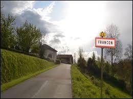 Nous sommes en Occitanie à l'entrée de Francon. C'est un village situé dans le département ...