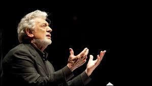 Quel célèbre chanteur d'opéra a été accusé de harcèlement sexuel à Los Angeles ?