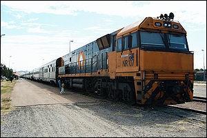 En 2016 a été mis en service le train de voyageurs le plus long du monde. Avez-vous une idée de sa taille ?