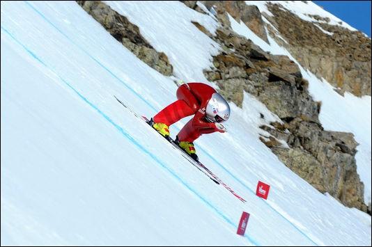 En 2016, à quelle vitesse était homologué le record de vitesse à ski ?