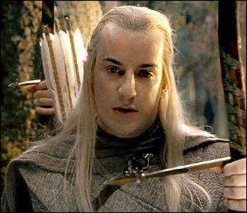Comment s'appelle l'elfe qui meurt au gouffre de Helm ?
