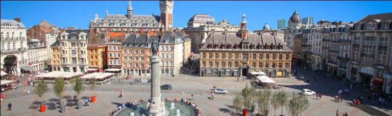 Jour 19 : j'ai envie de voir du monde, ainsi me voici arrivée dans le chef-lieu du département le plus peuplé de France. Quelle est cette ville ?