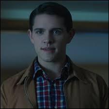 Qui est cet homme pour Betty ?