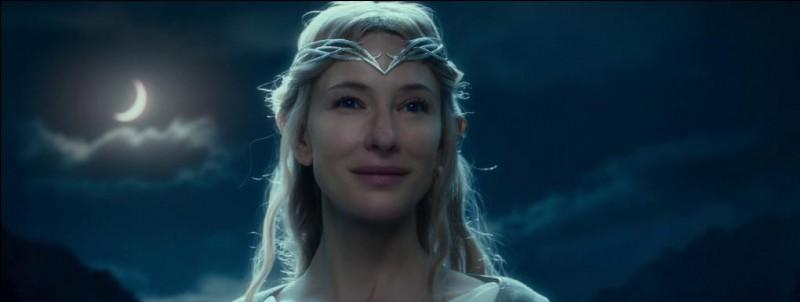 Espèce : NoldorFamille : Grand-mère d'Arwen Description : Chevelure or foncé, grande et belle À savoir : Elle envoie les aigles à la recherche de Gandalf Quel est ce personnage ?