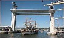 Ce 6e pont de Rouen possède une particularité assez impressionnante. Il se lève pour laisser passer les bateaux. Comment l'a-t-on baptisé ?