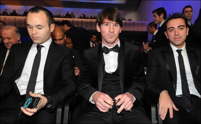 En quelle année le trio Messi-Xavi-Iniesta est-il sur le podium du Ballon d'or ?
