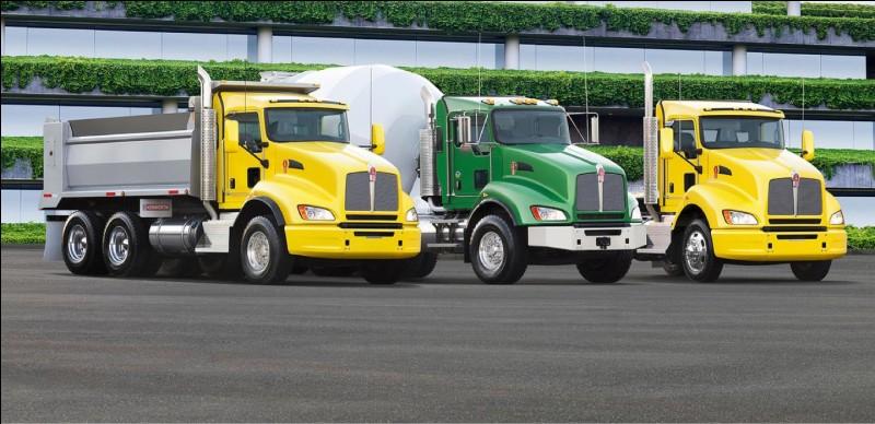 Lorsqu'un gros camion passe à côté de toi, tu entends :