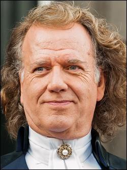Qui est cet André, violoniste, chef d'orchestre et homme d'affaires néerlandais ?