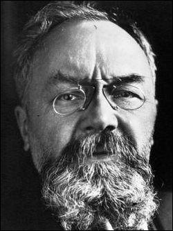 Qui est cet André, ingénieur, constructeur de charpente en fer, fabricant de caoutchouc et créateur en 1900 d'un célèbre guide gastronomique, mort en 1931 ?