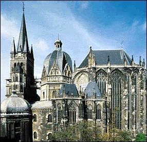Quelle est la spécialité d'Aix-la-Chapelle ?