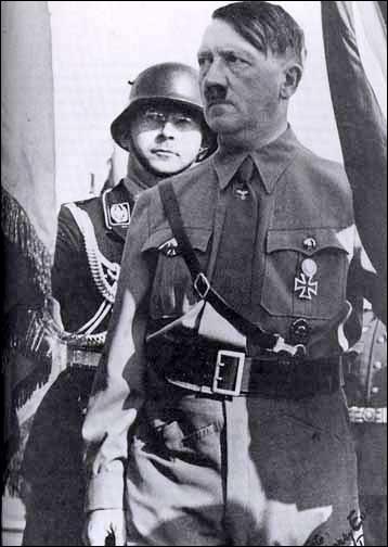 En quelle année le Troisième Reich dirigé par Adolf Hitler fut-il mis en place ?