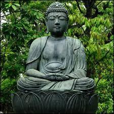Siddhārtha Gautama est un chef spirituel de l'/du...