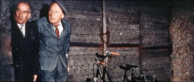 """""""Eh... Mon vélo ! D'abord mes chaussures et après mon vélo !? non mais dites donc mon cher monsieur...""""Dans quel film, cette phrase culte fut-elle dite par ce personnage ?"""