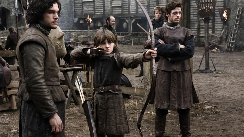 """""""Leçon numéro un, vise-les avec le côté pointu""""Mais... ne serait-ce pas Jon Snow, dans ..."""