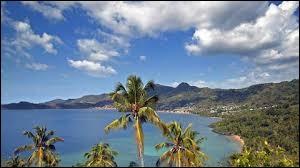 À quel archipel appartient l'île de Mayotte ?