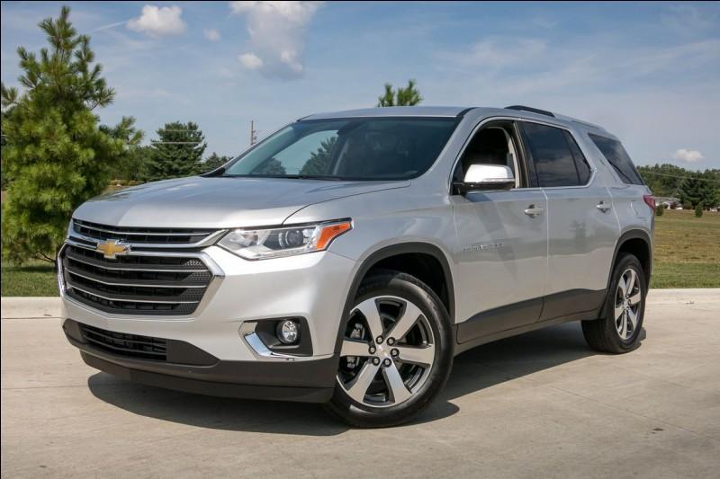 Pour sûr, ce SUV familial de Chevrolet méprise l'obstacle.
