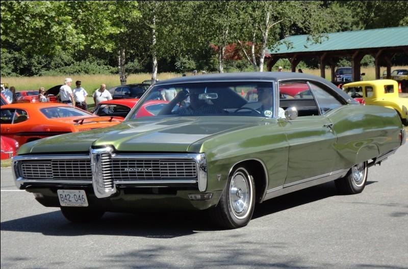 Cette Pontiac (GM) est très chic, pourquoi ? Parce qu'elle est...