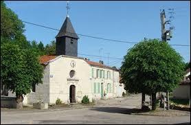 Village du Grand-Est, dont le territoire est traversé par la RN4, Maulan se situe dans le département ...