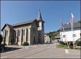 Je vous emmène en Auvergne-Rhône-Alpes, à la découverte de Bassens. Ville de l'agglomération Chambérienne, elle se situe dans le département ...
