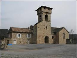 Vous avez sur cette image l'église Saint-Sauveur, aux Salelles. Commune Ardéchoise, elle se situe dans l'ancienne région ...