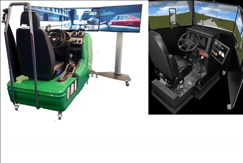 Pour terminer la visite à l'intérieur de l'entreprise, ces simulateurs de conduite permettent aux candidats de bien s'entraîner en vue de l'examen final. De quel type de simulateur s'agit-il ici ?