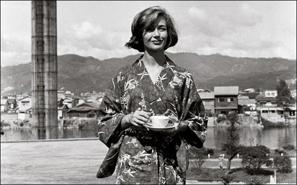 """Cette actrice, révélée en 1959 par son rôle dans """"Hiroshima mon amour"""", se prénomme ..."""