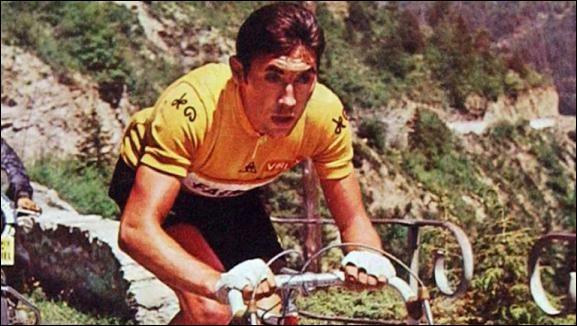 Ce champion cycliste belge, trois fois champion du monde et cinq fois vainqueur du Tour de France, se prénomme ...