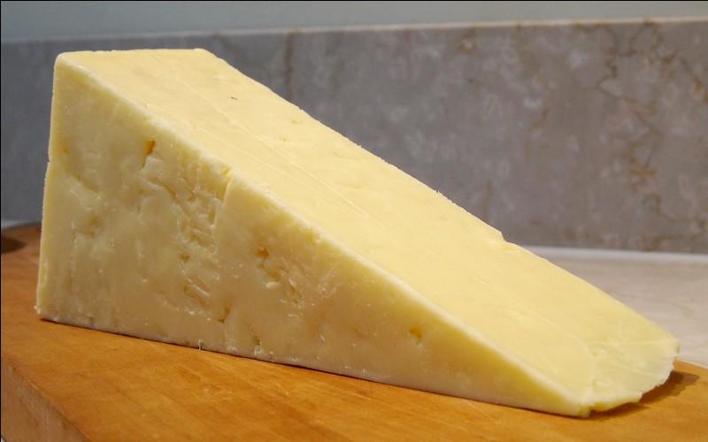 Quel est le nom de ce fromage anglais à pâte jaune ?