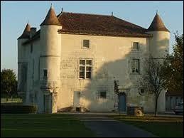 Je vous propose de partie en Nouvelle-Aquitaine à la découverte du château de La Rochette. Commune traversée par la Tardoire, elle se situe dans le département ...