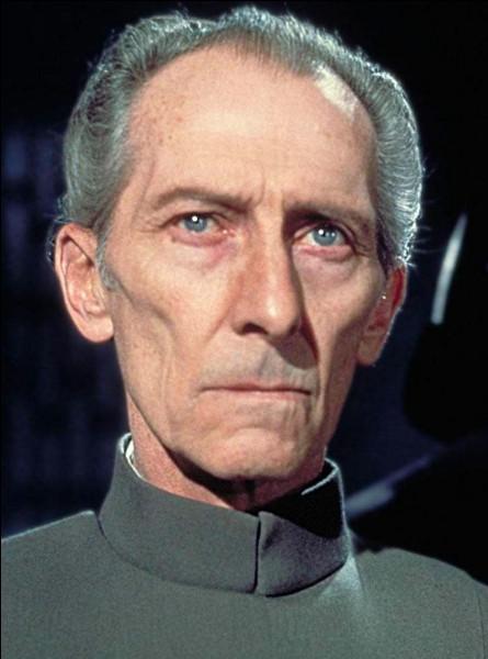 Durant la Guerre des clones, Tarkin était l'amiral de ...