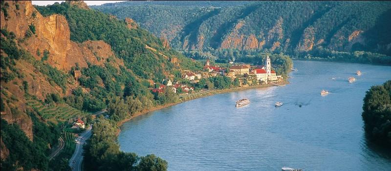 Le Danube est le premier fleuve d'Europe.